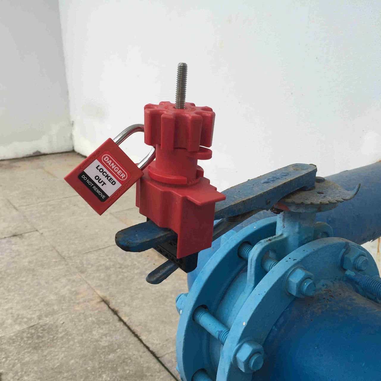 Picture of Universal Valve Lockouts