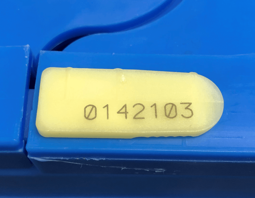 Picture of Plain & Numbered SK1 Plug Seals
