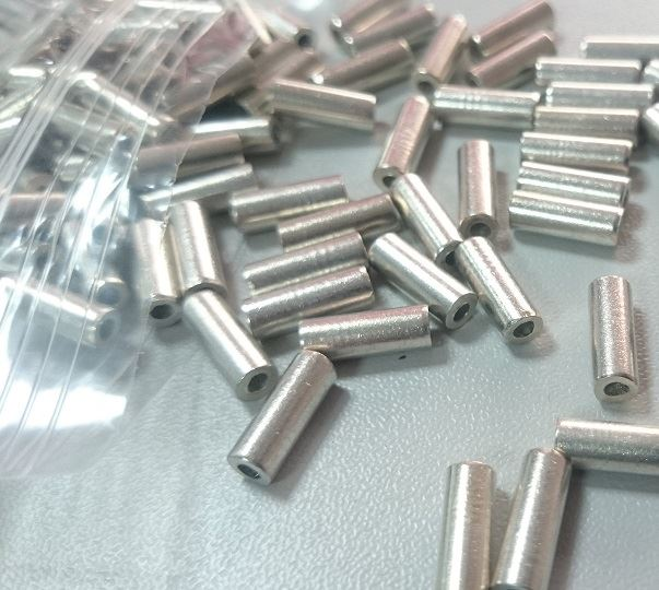 Picture of 12mm Ferrules with sealing wire (Combined Packs of 100)